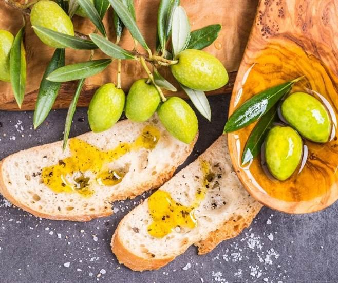 Extra virgin olive oil-img14